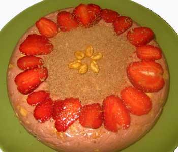 клубничный торт (350x299, 12Kb)