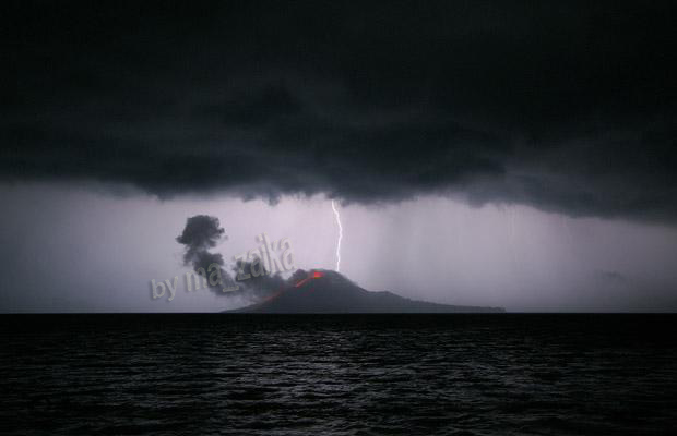 вулкан Krakatoa