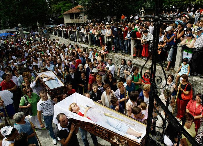 Шествия с плащаницами, Испания