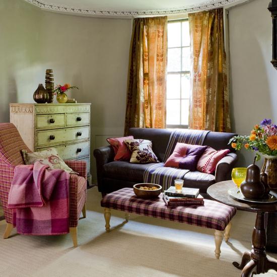 Уютный дизайн интерьера гостиной