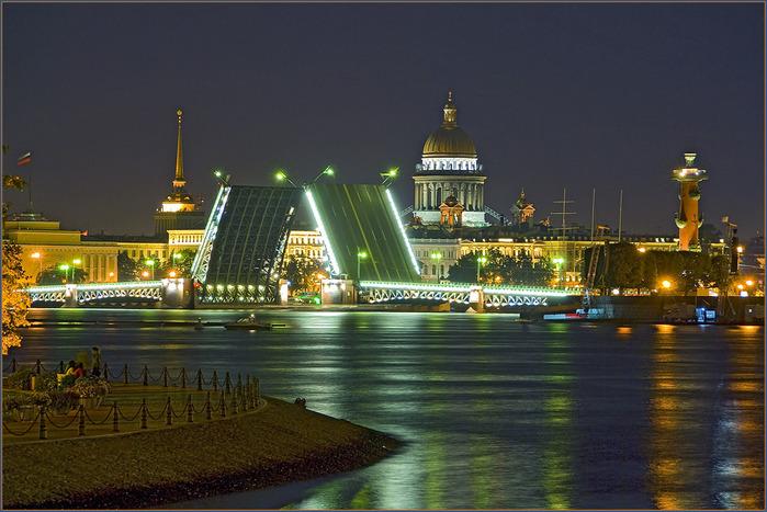 фото ночного Петербурга