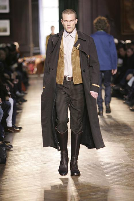 Сапоги мужские высокие кожаные из Китая, цены, фото