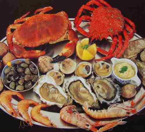 Рыба, морепродукты на 100 г продукта