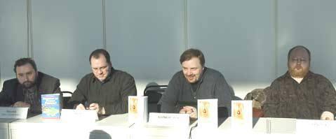http://img1.liveinternet.ru/images/attach/c/0//51/654/51654459_5_foto_Kruylov_i_Holmogorov_holmog.jpg