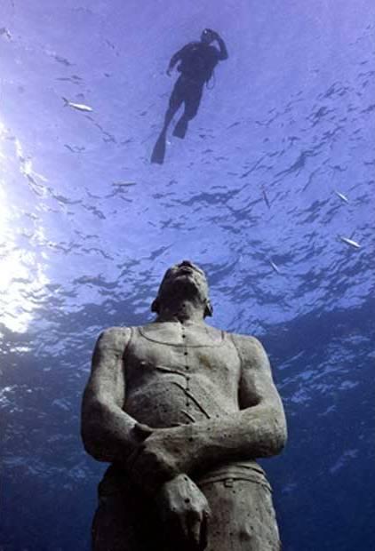 Подводный музей скульптуры в странах Карибского бассейна, Мексика.