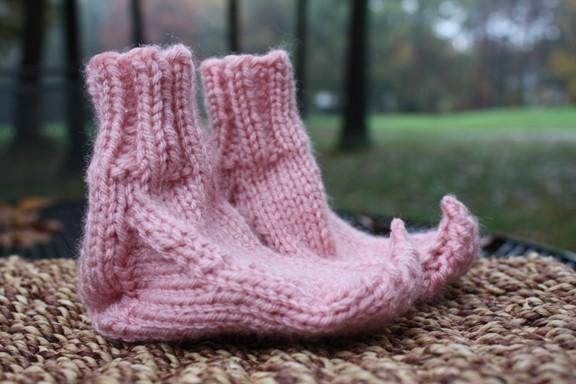 Носочки для маленьких эльфов