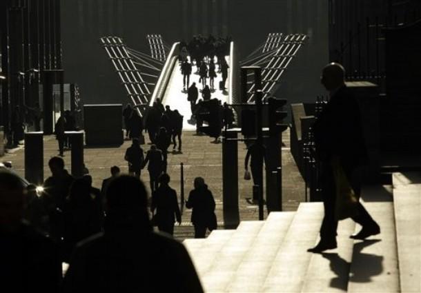 Тысячилетие моста через Темзу, Лондон, 14 декабря 2009 года.
