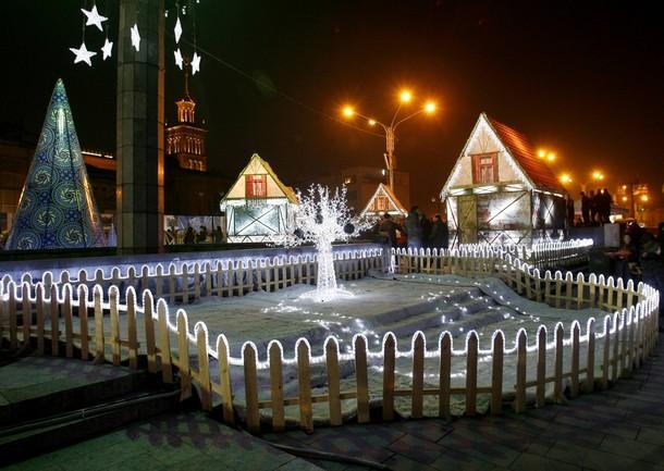 Украшения Рождества в Тбилиси, 25 декабря 2009.