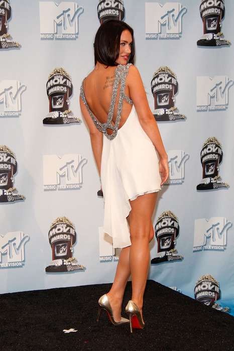 http://img1.liveinternet.ru/images/attach/c/0//53/446/53446926_1262863033_14611_Megan_Fox2008_MTV_Movie.jpg