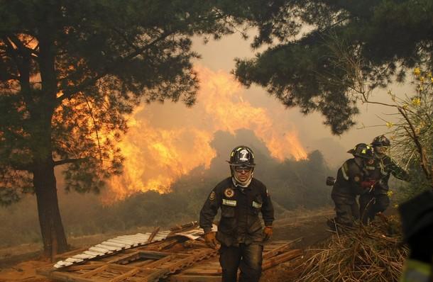 Пожары в Вальпараисо, Чили, 27 декабря 2009 года.