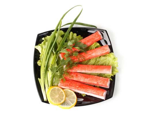 В крабовых палочках – нет мяса краба, но зато полно добавок