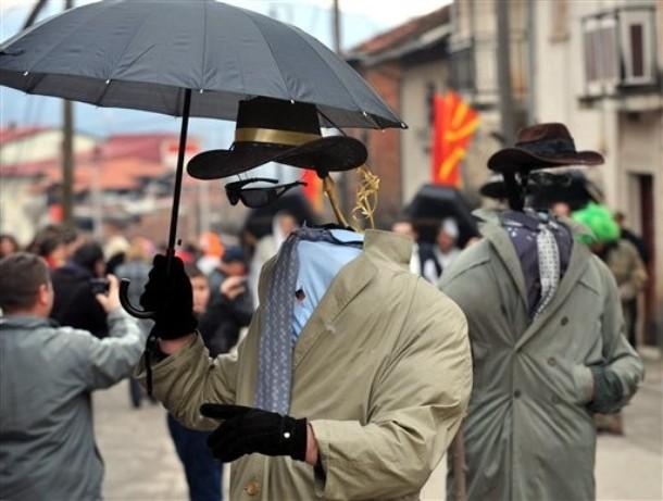 Карнавал в македонской деревне Vevcani, 13-14 января 2010.