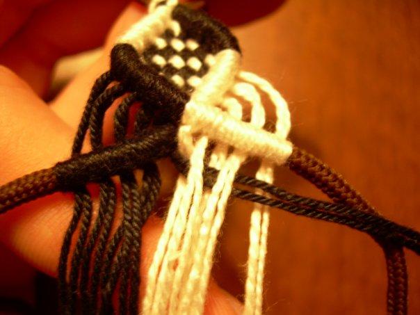 плетению вот этой фенечки: