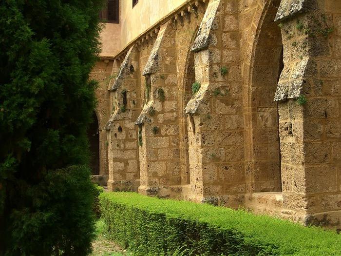 Тайны испанского монастыря - Monasterio de Piedra 16628