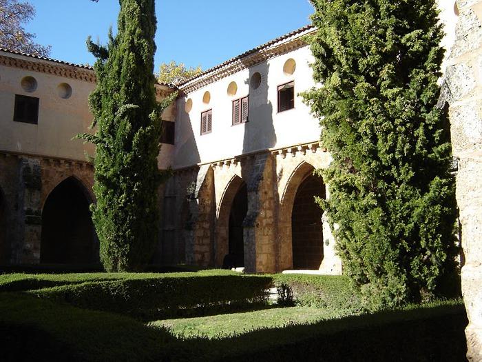 Тайны испанского монастыря - Monasterio de Piedra 64040