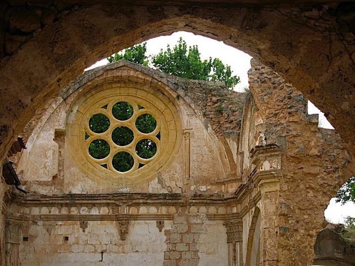 Тайны испанского монастыря - Monasterio de Piedra 49532