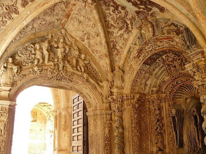 Тайны испанского монастыря - Monasterio de Piedra 95078