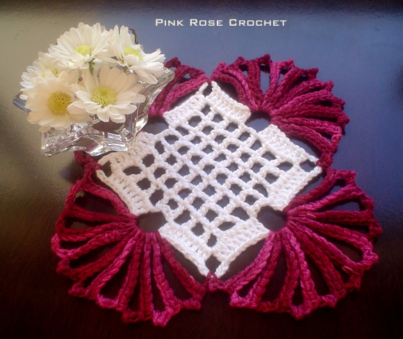 Centrinho Burgundy Crochet Square Coaster (580x488, 347Kb)