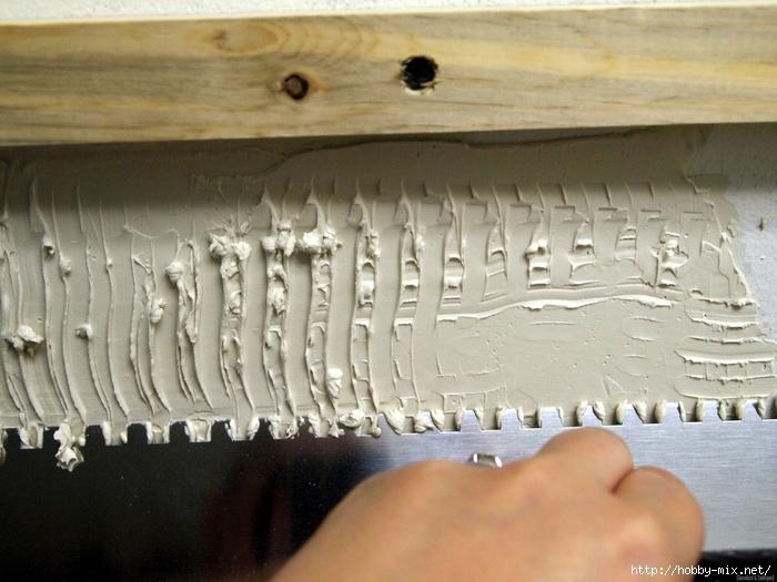 Notched Trowel ~ Installing a Mosaic Backsplash {Sawdust and Embryos}[4] (700x525, 269Kb)