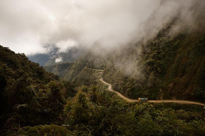 дорога сметри в боливии 1 (700x466, 331Kb)