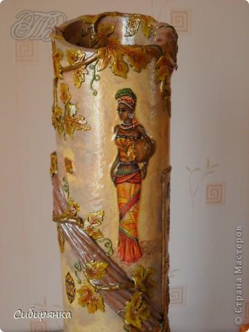 Напольные вазы из шпулек от линолеума (23) (360x480, 132Kb)