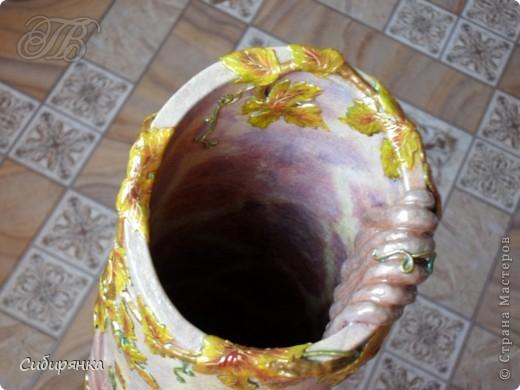 Напольные вазы из шпулек от линолеума (29) (520x390, 172Kb)