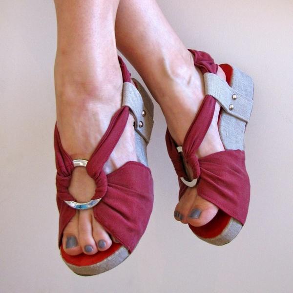 Как украсить летнюю обувь своими руками