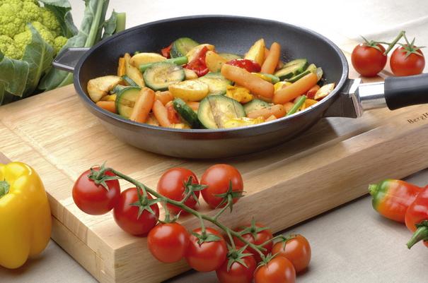 Как выбрать идеальную сковороду или кастрюлю (8) (605x401, 293Kb)