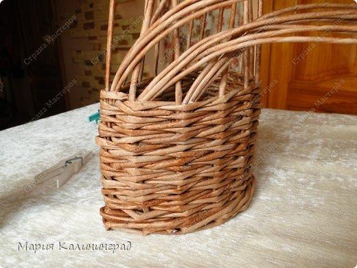 Красивая загибка для плетенок из газетных трубочек. Мастер-класс (10) (520x390, 189Kb)