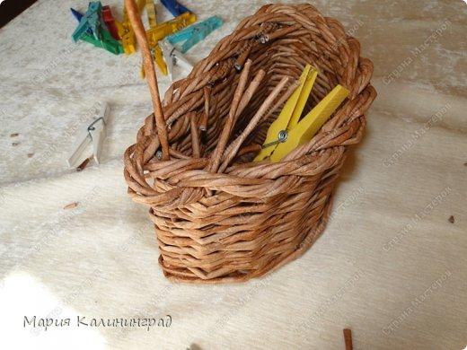 Красивая загибка для плетенок из газетных трубочек. Мастер-класс (27) (520x390, 169Kb)