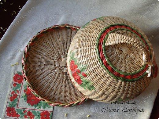 Очень красивые плетенки из газет от Марии Калининград (67) (520x390, 211Kb)