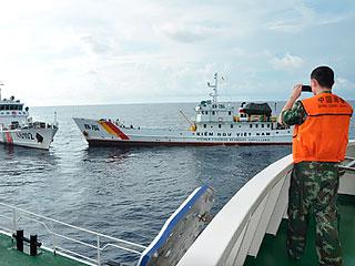 Вьетнамский рыбак потоплен китайцами (320x240, 24Kb)