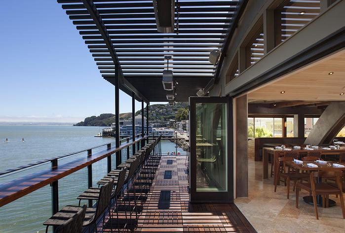 красивый ресторан фото 1 (700x473, 428Kb)