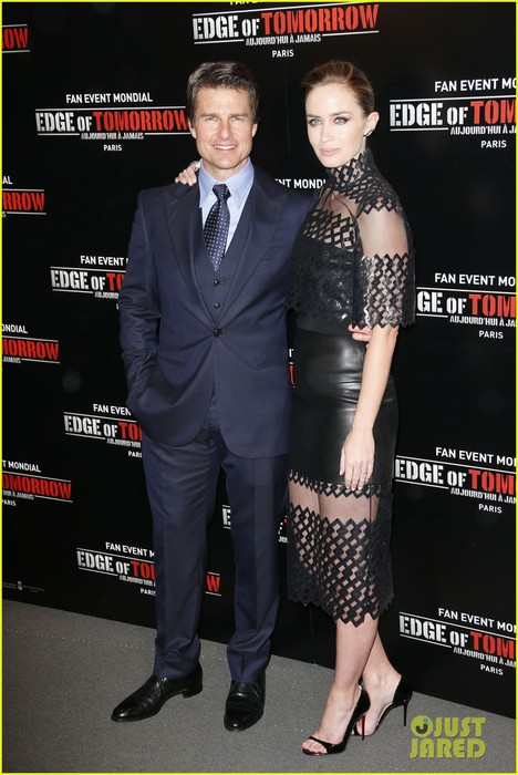 tom-cruise-emily-blunt-premiere-edge-of-tomorrow-in-second-city-of-the-day-06 (468x700, 89Kb)