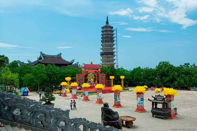 храмовый комплекс Bai Dinh 21 (670x447, 287Kb)