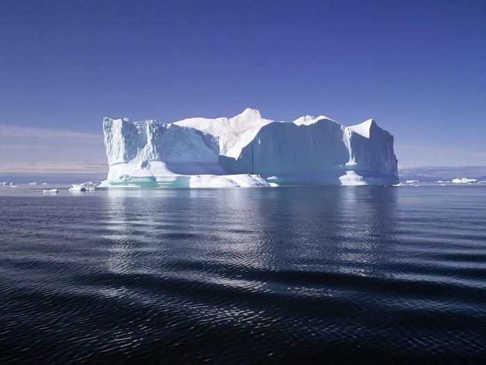 Айсберг2 (700x525, 96Kb)