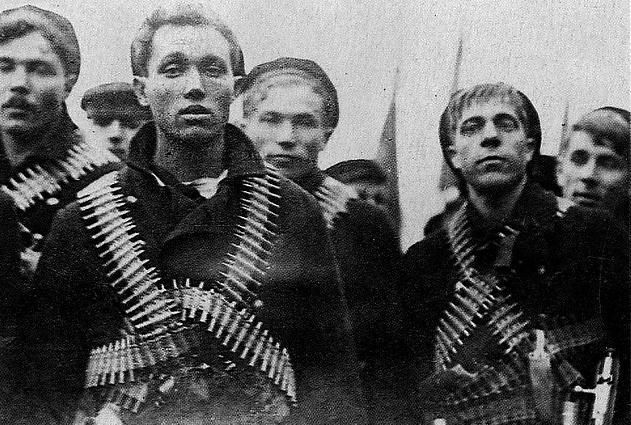 """""""революционные матросы"""""""
