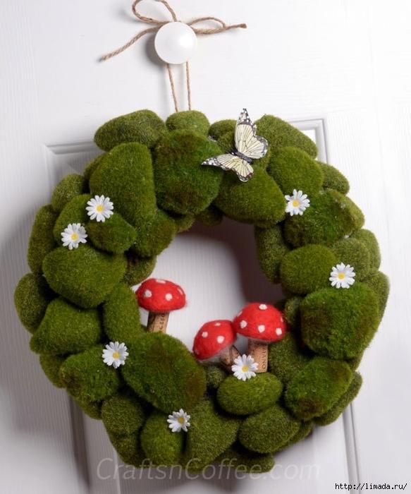 moss-mushroom-spring-wrea (583x700, 249Kb)