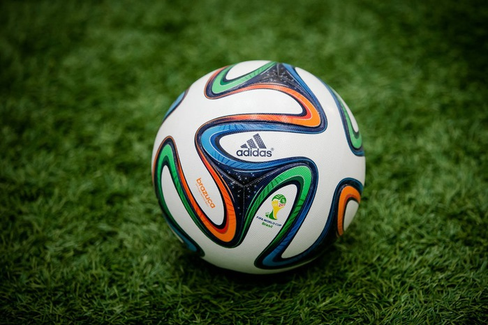 Adidas+Brazuca+2014+World+Cup+Ball+1 (700x466, 103Kb)
