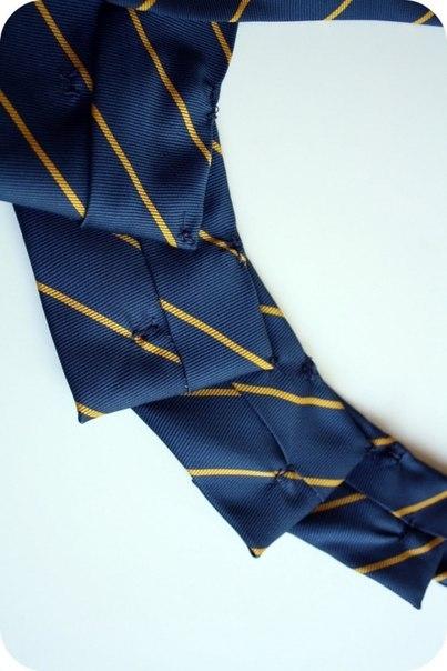 украшение-воротник из галстука3 (403x604, 106Kb)