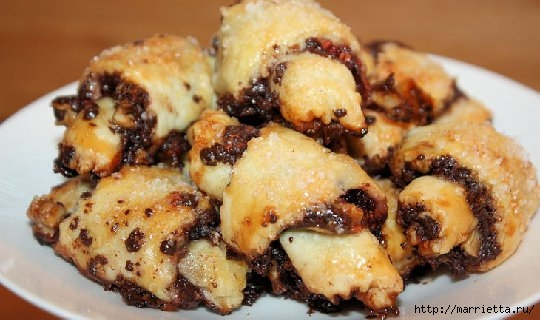 Рогалики с шоколадно-ореховой начинкой (7) (540x320, 121Kb)