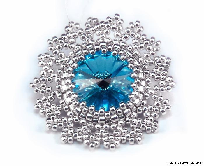 Снежинки из бисера с кристаллами Сваровски (9) (700x569, 237Kb)