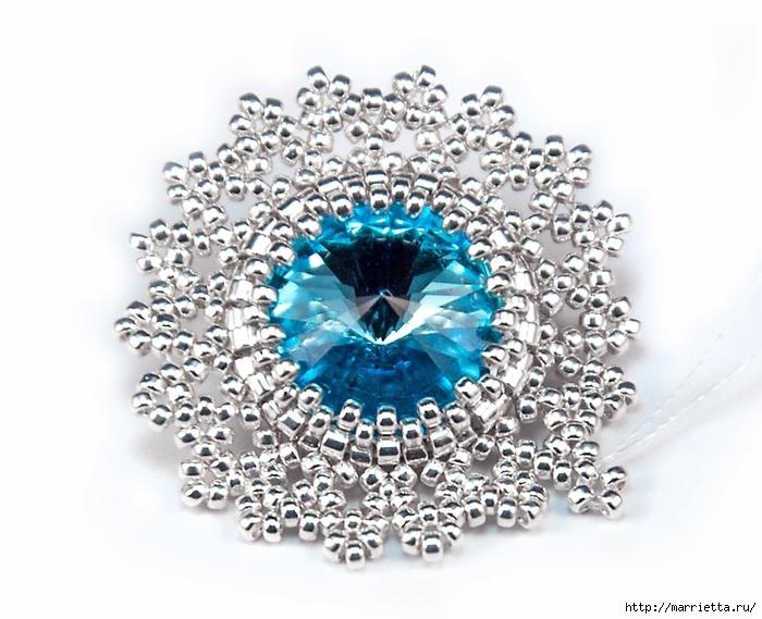 Снежинки из бисера с кристаллами Сваровски (10) (700x569, 245Kb)