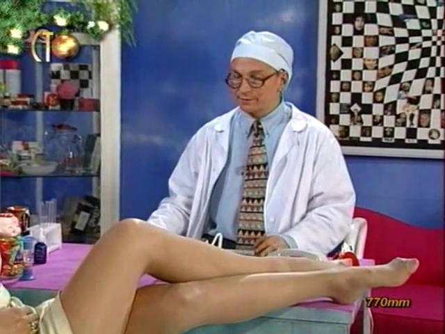 Алика Смехова-Доктор Угол 1996.mp4.0008 (640x480, 273Kb)