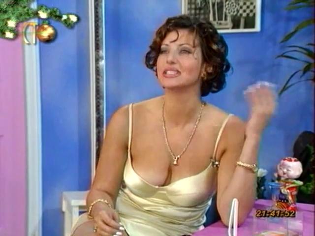 Алика Смехова-Доктор Угол 1996.mp4.0018 (640x480, 259Kb)