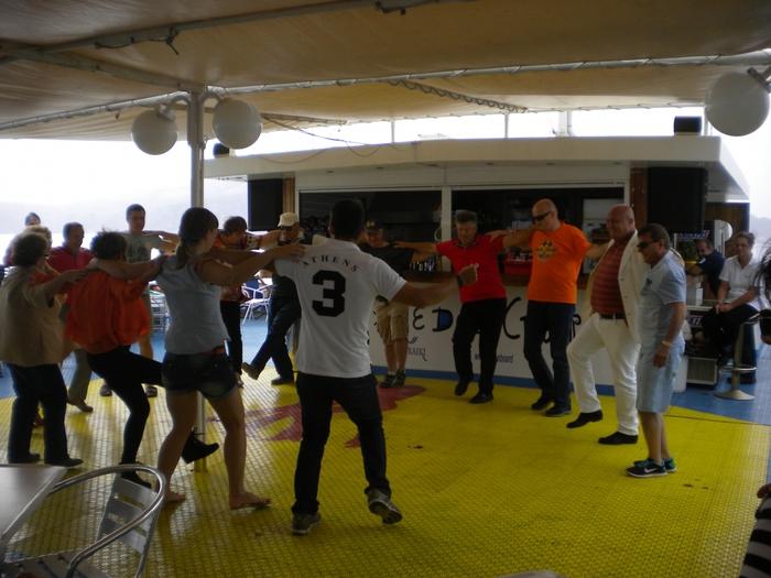 греческий танец,