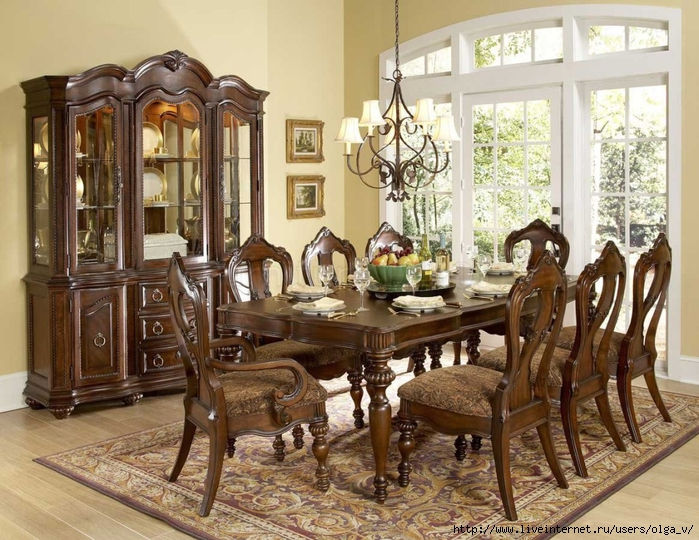 Dining room tables with fabric chairs