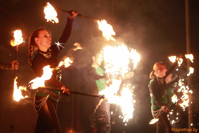2014-10-19-fire-show-photo-by-vitalij-malievskij (47) (700x466, 305Kb)