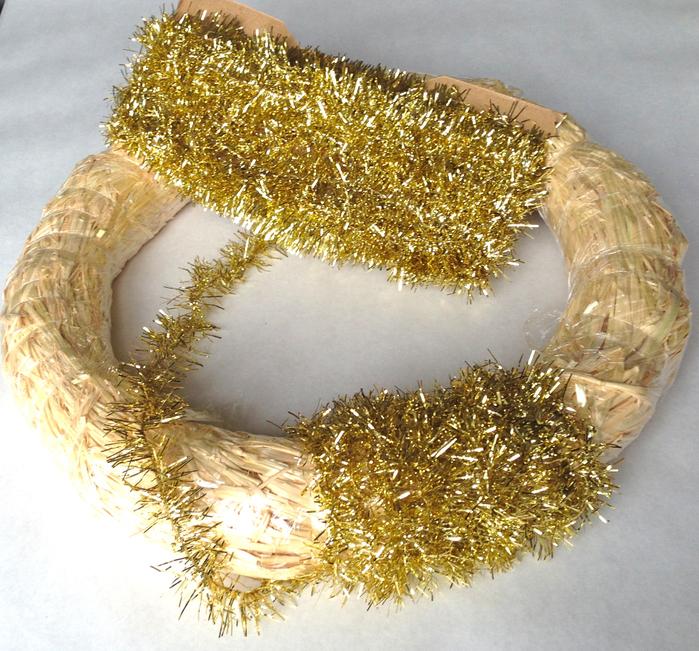 Walnut-Wreath-Wreath-Tinsel-Garland-2222 (700x651, 660Kb)