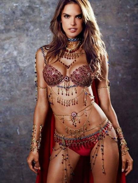 фэнтези-бра Victoria's Secret 2 (454x604, 238Kb)